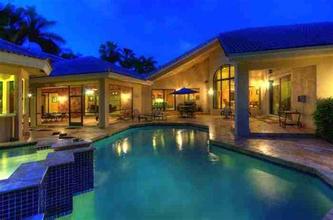 Ariana Grande S Childhood House In Boca Raton Florida For Sale