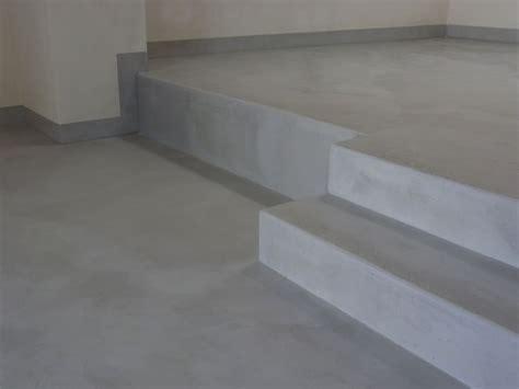 pavimenti grigi pavimenti moderni in tadelakt per monolocale pareti in