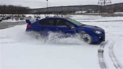 subaru drift snow 2015 subaru wrx drifting donuts snow drift winter gopro