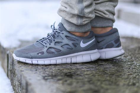 nike running grey nike free run 2 cool grey sbd