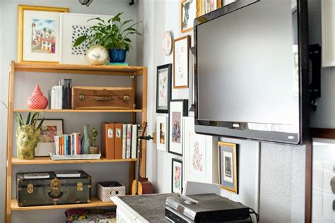 simple living room wooden open shelf around tv wall unit