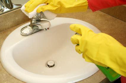 Clean The Sink cleaning bathroom sink