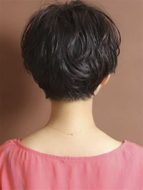 photos of the back of a pixie haircut pixie haircut back view