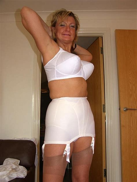 stockings girdles retro sexy lingerie girdles corsets i want this woman love those perfect tits sexy