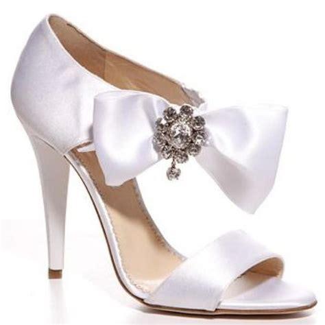 white bridesmaid shoes oscar de la renta white satin with ribbon and
