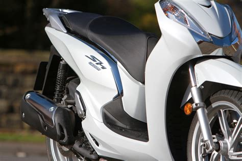 2016 Honda Sh300i Review Uk   Motorcycle Review and Galleries
