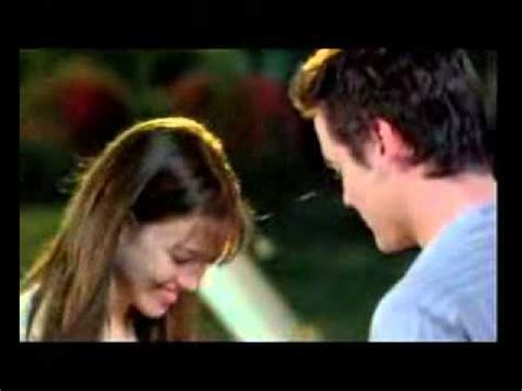 A Walk To Remember 2002 Review And Trailer by A Walk To Remember Uzaktaki Anılar 2002 Official