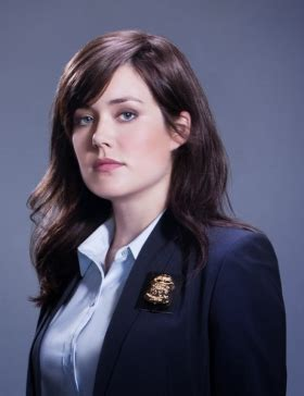 what color of lipstick dose megan boone wear on set what color of lipstick dose megan boone wear on set pel