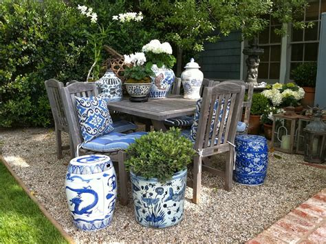 Blue Outdoor Planters The Glam Pad Decorating With Blue And White Outdoors