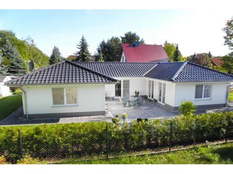 fertighaus 5 schlafzimmer bungalow 3 125 u einfamilienhaus elbe haus