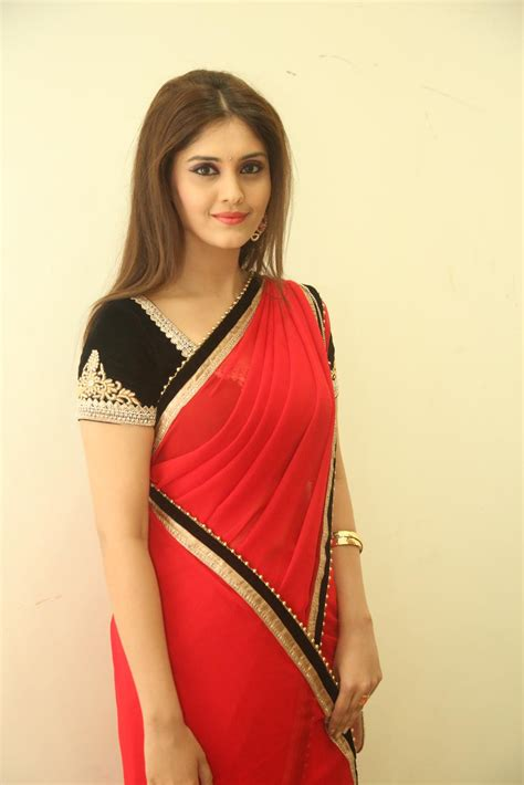 actress surabhi gallery actress surabhi latest stills in red saree