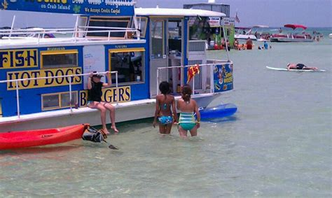 crab island destin florida boat rentals how to do lunch on the water in destin destin vacation