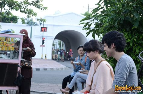 film bioskop indonesia kata hati haqi achmad riset ke jogja demi kata hati kapanlagi com
