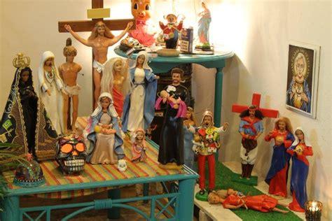 imagenes religiosas venta en chile las controversiales figuras religiosas de barbie y ken