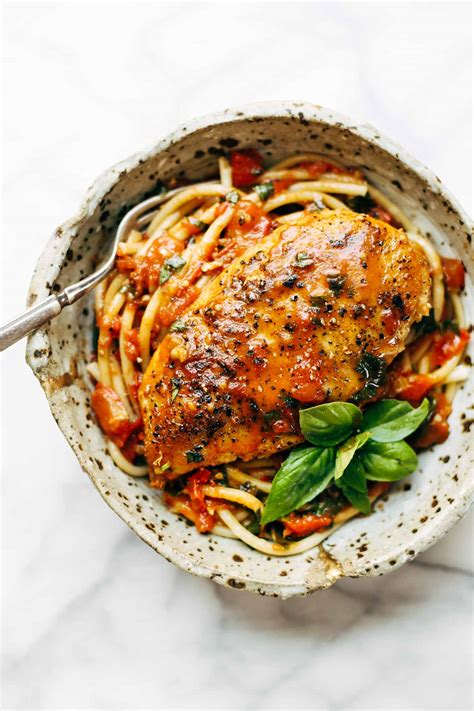 simple dishes garlic basil chicken with tomato butter sauce recipe
