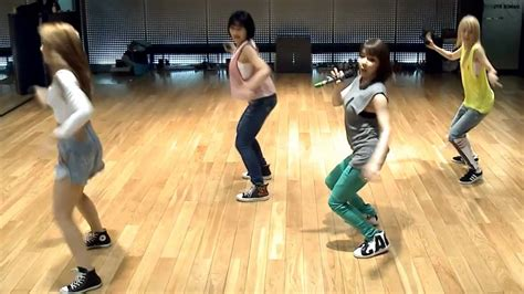 tutorial dance falling in love 2ne1 2ne1 falling in love mirrored dance practice youtube