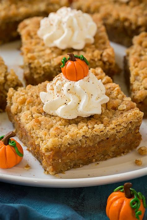 pumpkin bars with crumb topping pumpkin pie crumb bars cooking classy