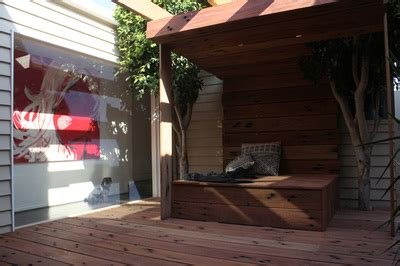 courtyard in south melbourne northern rivers recycled timber