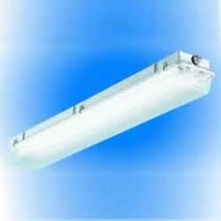 Vermont Light Fixtures Lamar Lighting Company Vt Series Enclosed Vapor Proof Luminaire Replacement Acyrlic Lens