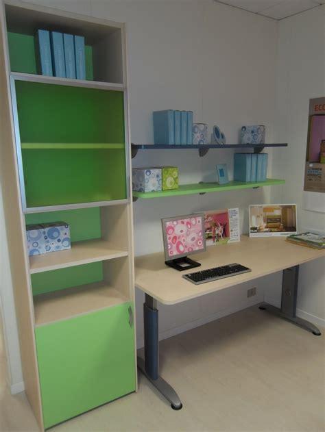 scrivanie con libreria per camerette compact scrivania con libreria camerette a