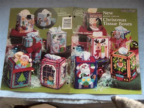 christmas pattern box plastic canvas pattern christmas tissue boxes 7 mesh 10