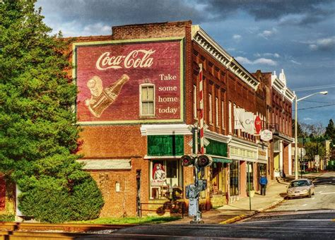 small country towns charming virginia small town main streets small country