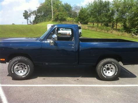 sell used 1985 dodge w150 360 auto wheel base in