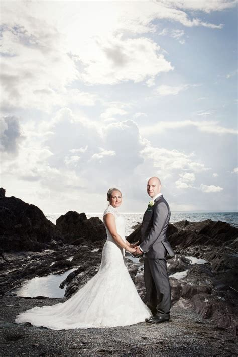 wedding photographers in cornwall toby lowe photography wedding photography the cornish