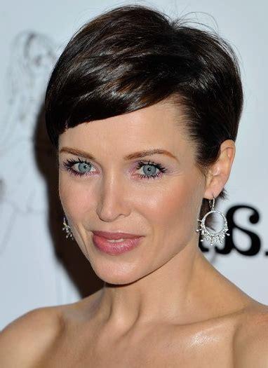 gel hairstyles for medium hair beauty news globelife notizie capelli novita