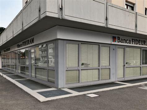 Banca Fedeuram by Industriale Piacenza Vendita Serramenti Per Aziende E