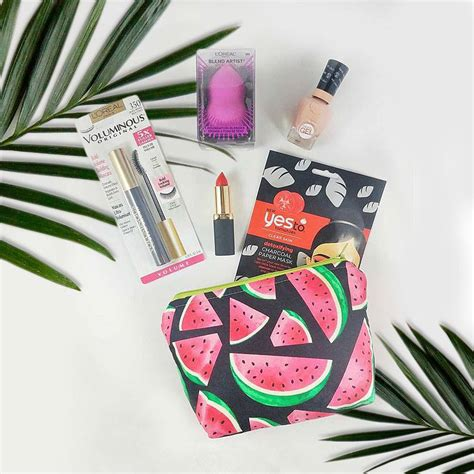 Sweepstakes Bloggers - blog giveaway win beauty goodies and a makeup pouch hello island mama hello