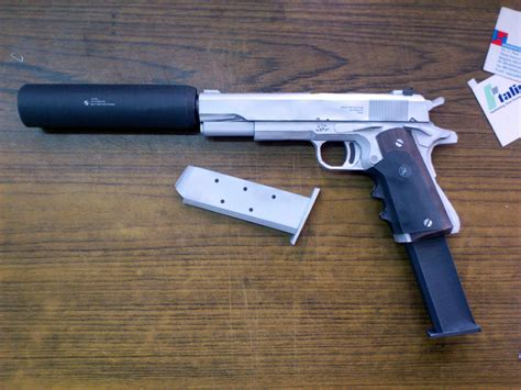 Papercraft Pistol - silver pistol papercraft by suraj281191 on deviantart