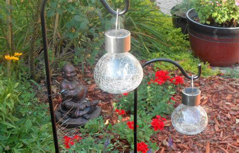 Crackle Solar Garden Lights Crackle Glass Solar Lights Cool Garden For Your Garden