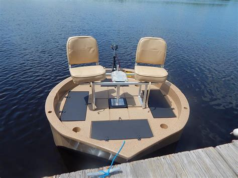 round kayak boat 2 man boats for sale with trolling motor roundabout