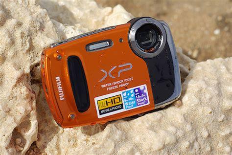 Kamera Fujifilm Finepix Xp50 harga fujifilm finepix xp50 compact tahan air lensa cmos