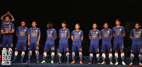 Kemeja Persib Bandung Warna Navy filosofi jersey persib bandung untuk liga 1 2017 infobdg