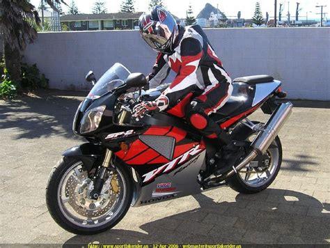 honda rc51 2005 honda rc51 rvt1000r cool cars motorcycles pinterest