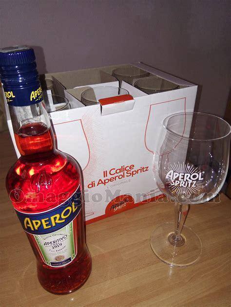 bicchieri aperol bicchieri e bottiglia aperol con quot happy together