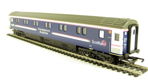 Scotrail Caledonian Sleeper by Hattons Co Uk Hornby R4307 Mk3 Scotrail