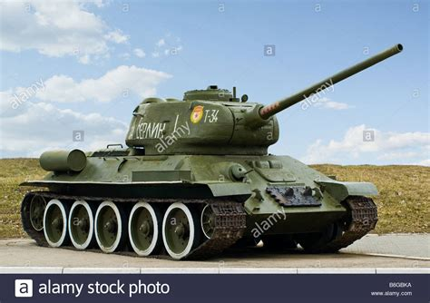 Russian T34 Tank Stock Photos & Russian T34 Tank Stock ... T 34 American
