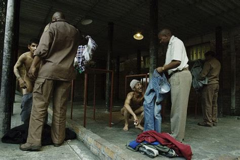 South Africa Address Lookup 吊打女囚犯照 吊打女间谍 吊打女英烈 海达范文网