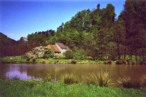 wohnungen im elsass fischweiher im elsass mit forellenbach in eschbourg