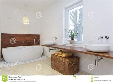 Badezimmer ökologisch by Afrikanisches Badezimmer Lizenzfreies Stockfoto Bild