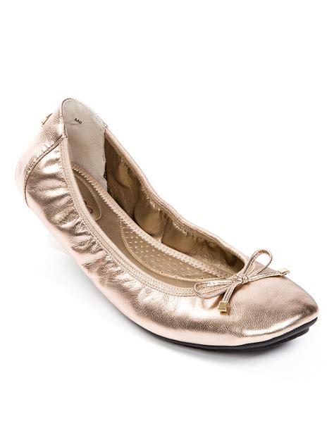 me shoes flats me halle metallic leather ballet flats in gold brown