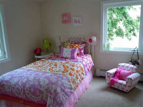 simple bedroom design for teenage girl the simple tips for decorating teenage girl bedroom ideas