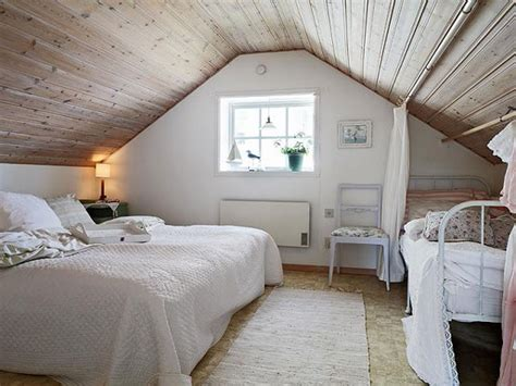 39 attic rooms cleverly use of all available space