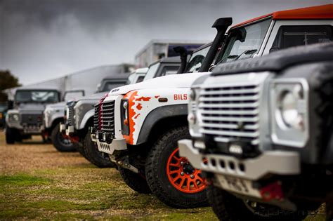 land rover racing land rover defender challenge race series wraps epic 2015