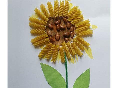 fiori lavoretti per bambini come fare il fiore con la pasta donna moderna