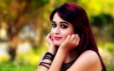 actress catwalk ahona catwalk model actress in bangladesh