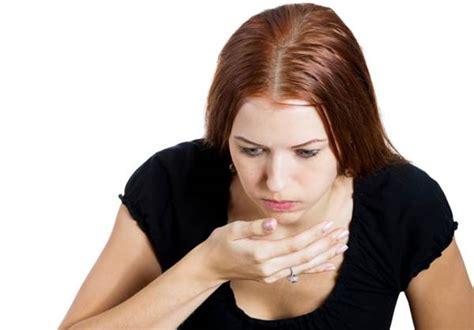 mal di testa nausea vomito i vomiti cause e sintomi di romeo
